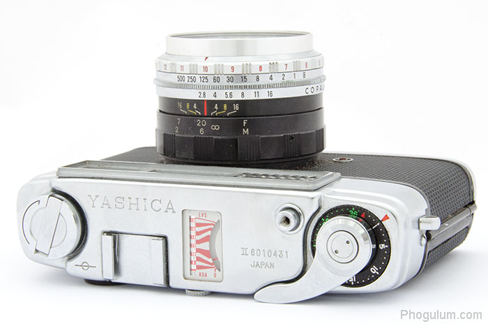 Yashica Minister II top